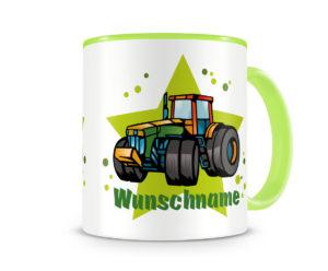 Tasse mit einem Traktor als Motiv